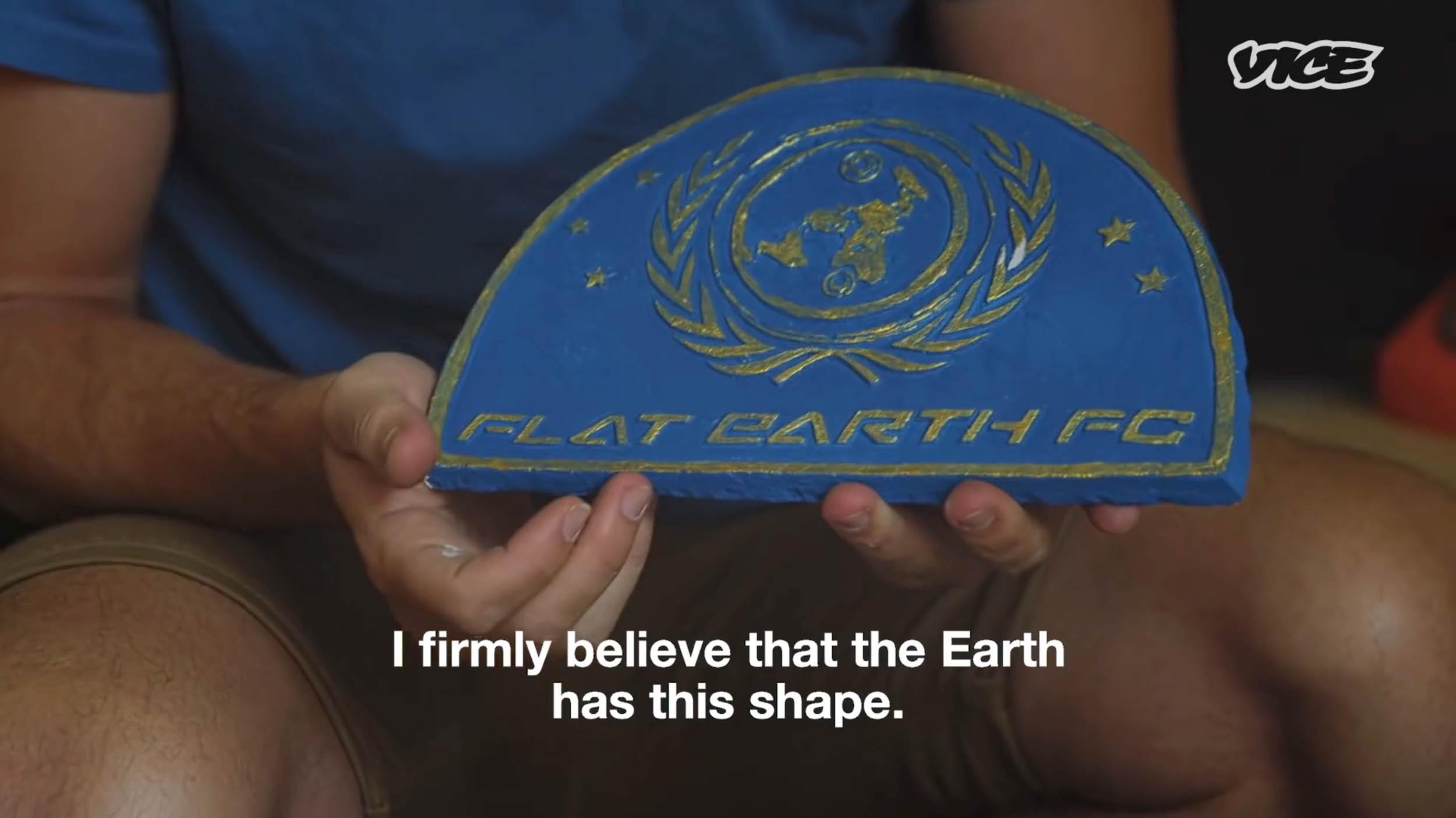FLAT-EARTH-STILL-23.50.56